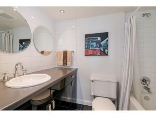"""Photo 9: 1105 1330 HARWOOD Street in Vancouver: West End VW Condo for sale in """"WESTSEA TOWERS"""" (Vancouver West)  : MLS®# R2388621"""