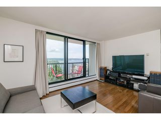 """Photo 2: 1105 1330 HARWOOD Street in Vancouver: West End VW Condo for sale in """"WESTSEA TOWERS"""" (Vancouver West)  : MLS®# R2388621"""