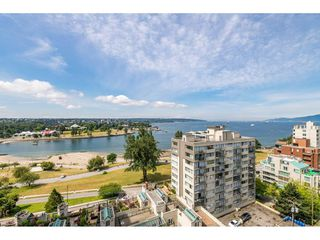 """Photo 13: 1105 1330 HARWOOD Street in Vancouver: West End VW Condo for sale in """"WESTSEA TOWERS"""" (Vancouver West)  : MLS®# R2388621"""