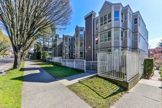 Photo 2: 103 1516 E 1ST AVENUE in Vancouver: Grandview Woodland Condo for sale (Vancouver East)  : MLS®# R2370531