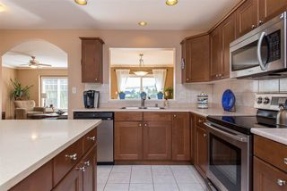 """Photo 3: 3 46568 FIRST Avenue in Chilliwack: Chilliwack E Young-Yale Townhouse for sale in """"Bristol Place"""" : MLS®# R2396875"""