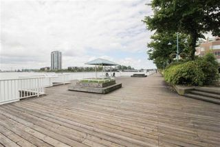"Photo 20: 404 1235 QUAYSIDE Drive in New Westminster: Quay Condo for sale in ""RIVIERA"" : MLS®# R2409892"