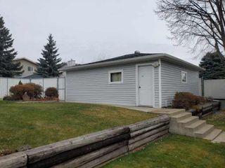 Photo 3: 6404 152a Avenue in Edmonton: Zone 02 House for sale : MLS®# E4178846