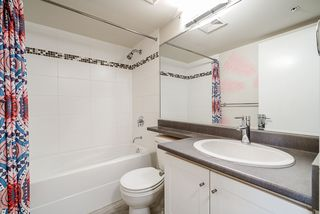 "Photo 12: 308 833 AGNES Street in New Westminster: Downtown NW Condo for sale in ""NEWS"" : MLS®# R2419231"