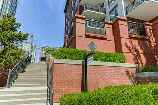 "Photo 2: 308 833 AGNES Street in New Westminster: Downtown NW Condo for sale in ""NEWS"" : MLS®# R2419231"