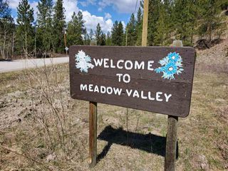 """Photo 18: 810 MEADOW VALLEY Road in No City Value: FVREB Out of Town Land for sale in """"MEADOW VALLEY"""" : MLS®# R2420684"""