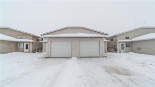 Photo 2: 10 CAMBRIDGE Way in Steinbach: Residential for sale (R16)  : MLS®# 202002215