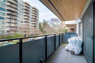 "Photo 7: 303 2416 W 3RD Avenue in Vancouver: Kitsilano Condo for sale in ""Landmark Reef"" (Vancouver West)  : MLS®# R2435957"