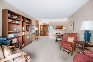 "Photo 9: 303 2416 W 3RD Avenue in Vancouver: Kitsilano Condo for sale in ""Landmark Reef"" (Vancouver West)  : MLS®# R2435957"