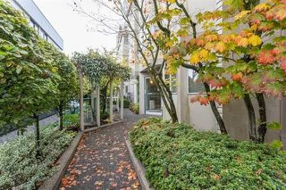 Photo 3: 103 131 W 20TH STREET in North Vancouver: Central Lonsdale Condo for sale : MLS®# R2235308