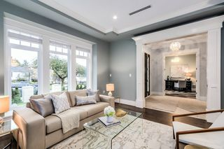 Photo 4: 50 West 38th Ave. in Vancouver: Cambie House for sale (Vancouver West)  : MLS®# R2027645