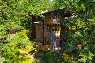 Photo 2: 1180 MILLER Road: Bowen Island House for sale : MLS®# R2474906