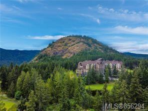 Photo 3: 407 1395 Bear Mountain Pkwy in : La Bear Mountain Condo for sale (Langford)  : MLS®# 856294