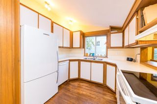 """Photo 5: 1561 DOVERCOURT Road in North Vancouver: Lynn Valley House for sale in """"Lynn Valley"""" : MLS®# R2502418"""