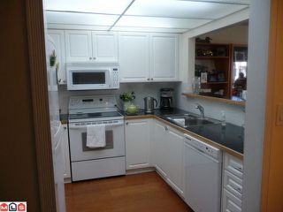 "Photo 2: 210 1280 FIR Street: White Rock Condo for sale in ""Ocean Villa"" (South Surrey White Rock)  : MLS®# F1122357"