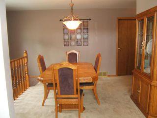 Photo 3: 115 Worthington Avenue in WINNIPEG: St Vital Residential for sale (South East Winnipeg)  : MLS®# 1118747