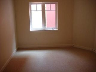Photo 15: #610, 10333 - 112 STREET: Condo for sale (Oliver)