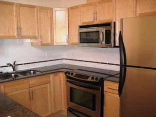 Photo 8: #610, 10333 - 112 STREET: Condo for sale (Oliver)