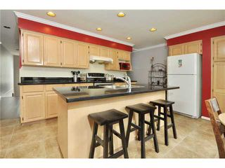 "Photo 4: # 25 -  3228 Raleigh Street in Port Coquitlam: Central Pt Coquitlam Condo for sale in ""MAPLE CREEK"" : MLS®# V946545"