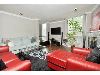 "Photo 3: # 25 -  3228 Raleigh Street in Port Coquitlam: Central Pt Coquitlam Condo for sale in ""MAPLE CREEK"" : MLS®# V946545"