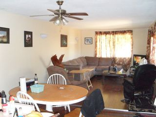 Photo 2: 5 159 Zirnhelt Rd: Manufactured Home for sale : MLS®# 111852