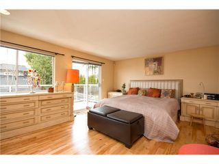 Photo 6: 4041 ST GEORGES Avenue in North Vancouver: Upper Lonsdale House for sale : MLS®# V992486