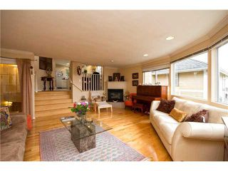 Photo 4: 4041 ST GEORGES Avenue in North Vancouver: Upper Lonsdale House for sale : MLS®# V992486