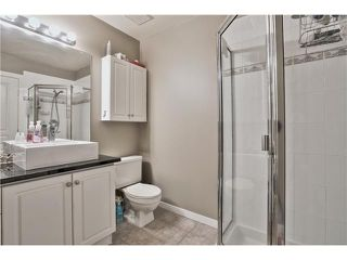 "Photo 8: 520 ST GEORGES Avenue in North Vancouver: Lower Lonsdale Townhouse for sale in ""STREAMLNE PLACE"" : MLS®# V1055131"