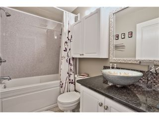 "Photo 12: 520 ST GEORGES Avenue in North Vancouver: Lower Lonsdale Townhouse for sale in ""STREAMLNE PLACE"" : MLS®# V1055131"