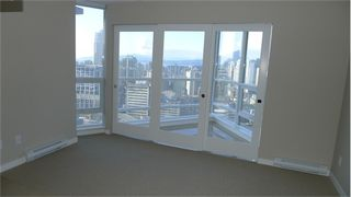 "Photo 7: 2210 833 SEYMOUR Street in Vancouver: Downtown VW Condo for sale in ""Capitol Residences"" (Vancouver West)  : MLS®# V1056277"