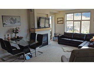 "Photo 4: 411 1211 VILLAGE GREEN Way in Squamish: Downtown SQ Condo for sale in ""ROCKCLIFFE"" : MLS®# V1097477"