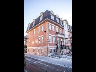 Photo 12: 1 31 Ted Reeve Drive in Toronto: East End-Danforth Condo for sale (Toronto E02)  : MLS®# E3090954