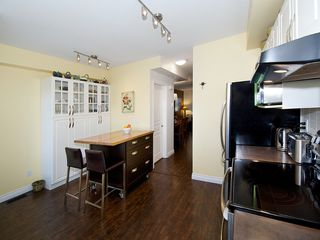 """Photo 9: 2 4787 57TH Street in Ladner: Delta Manor Townhouse for sale in """"VILLAGE GREEN"""" : MLS®# V1100191"""