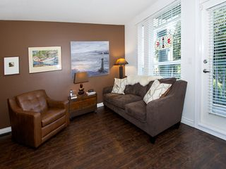 """Photo 2: 2 4787 57TH Street in Ladner: Delta Manor Townhouse for sale in """"VILLAGE GREEN"""" : MLS®# V1100191"""