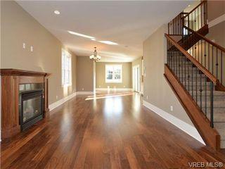 Photo 6: 3153 Alder St in VICTORIA: Vi Mayfair Single Family Detached for sale (Victoria)  : MLS®# 693276