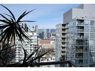 """Photo 3: 2805 111 W GEORGIA Street in Vancouver: Downtown VW Condo for sale in """"SPECTRUM 1"""" (Vancouver West)  : MLS®# V1111393"""