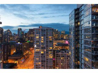 """Photo 4: 2805 111 W GEORGIA Street in Vancouver: Downtown VW Condo for sale in """"SPECTRUM 1"""" (Vancouver West)  : MLS®# V1111393"""