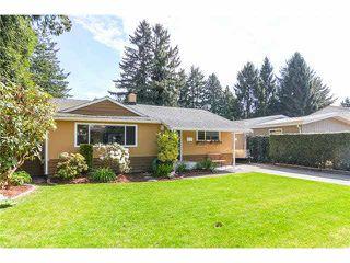 Photo 2: 1518 FARRELL Crescent in Tsawwassen: Beach Grove House for sale : MLS®# V1116909