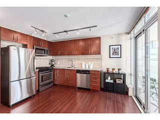 "Photo 11: 805 8280 LANSDOWNE Road in Richmond: Brighouse Condo for sale in ""VERSANTE"" : MLS®# V1124089"