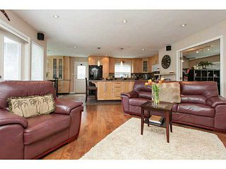 Photo 3: 1702 140 Street in Surrey: Sunnyside Park Surrey House for sale (South Surrey White Rock)  : MLS®# F1443839