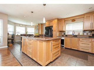 Photo 11: 1702 140 Street in Surrey: Sunnyside Park Surrey House for sale (South Surrey White Rock)  : MLS®# F1443839