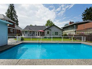 Photo 14: 1702 140 Street in Surrey: Sunnyside Park Surrey House for sale (South Surrey White Rock)  : MLS®# F1443839