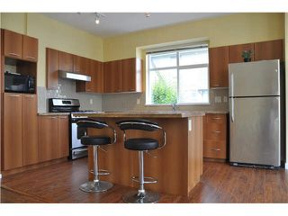 "Photo 3: 65 7288 HEATHER Street in Richmond: McLennan North Townhouse for sale in ""Barrington Walk"" : MLS®# V1138565"