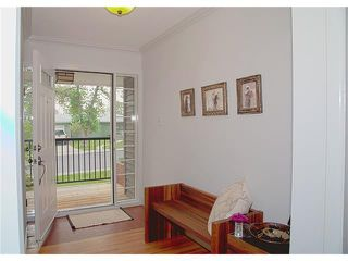 Photo 7: 3211 KILKENNY Road SW in Calgary: Killarney/Glengarry House for sale : MLS®# C4040457