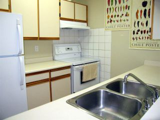 """Photo 7: 205 1450 E 7TH Avenue in Vancouver: Grandview VE Condo for sale in """"RIDGEWAY PLACE"""" (Vancouver East)  : MLS®# R2073387"""