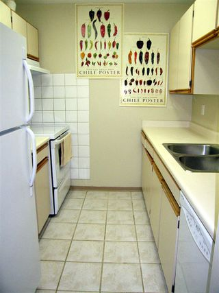 """Photo 8: 205 1450 E 7TH Avenue in Vancouver: Grandview VE Condo for sale in """"RIDGEWAY PLACE"""" (Vancouver East)  : MLS®# R2073387"""
