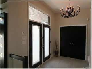 Photo 2: 129 Autumnview Drive in Winnipeg: South Pointe Residential for sale (1R)  : MLS®# 1617815