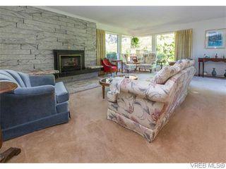 Photo 5: 829 Leota Pl in VICTORIA: SE Cordova Bay Single Family Detached for sale (Saanich East)  : MLS®# 742454