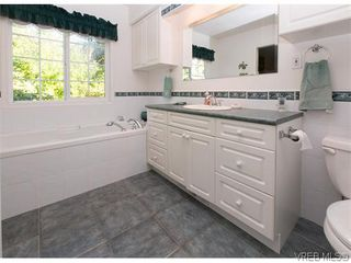 Photo 14: 829 Leota Pl in VICTORIA: SE Cordova Bay House for sale (Saanich East)  : MLS®# 742454