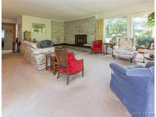 Photo 3: 829 Leota Pl in VICTORIA: SE Cordova Bay Single Family Detached for sale (Saanich East)  : MLS®# 742454
